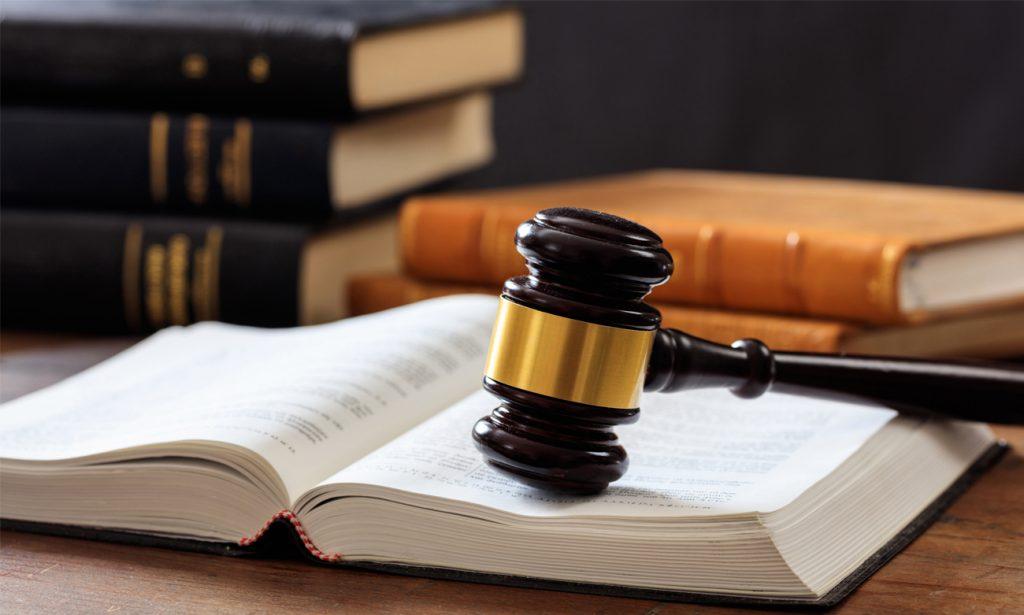 Mamou avocat à Toulon - juge